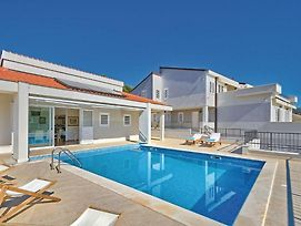 Holiday Home Primosten Dolac With Outdoor Pool photos Exterior