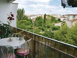 Two-Bedroom Apartment In Perigueux photos Exterior