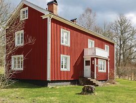 Four Bedroom Holiday Home In Hovmantorp photos Exterior