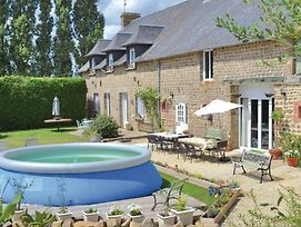 Seven Bedroom Holiday Home In Fougerolles Du Plessis photos Exterior