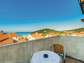 One-Bedroom Apartment In Mali Losinj photos Exterior