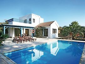 Two-Bedroom Holiday Home In Argaka photos Exterior