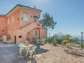 Seven Bedroom Holiday Home In Rocca Di Papa Rm photos Exterior