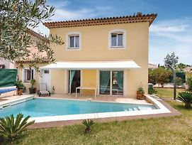 Holiday Home Saint Raphael 05 photos Exterior
