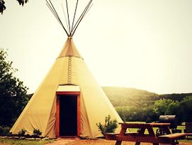 Tipis On The Guadalupe photos Exterior
