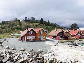 Four Bedroom Holiday Home In Sjernaroy photos Exterior