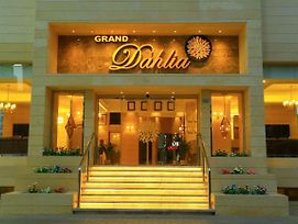 Grand Dahlia Hotel Apt photos Exterior
