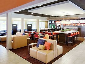 Courtyard By Marriott Sacramento Airport Natomas photos Exterior