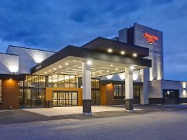 Hampton Inn St. Catharines Niagara photos Exterior