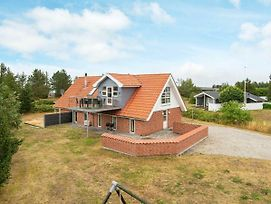 Four Bedroom Holiday Home In Glesborg 8 photos Exterior