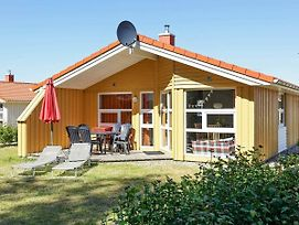 Three-Bedroom Holiday Home In Gromitz 17 photos Exterior