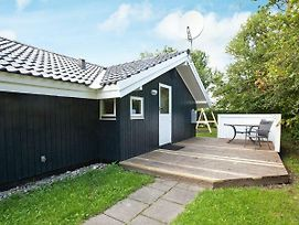 Four Bedroom Holiday Home In Slagelse 2 photos Exterior