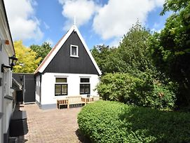 Pleasant Holiday Home In Schoorl Near The Beach photos Exterior