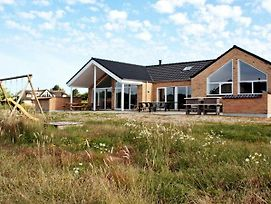 Six-Bedroom Holiday Home In Romo 3 photos Exterior