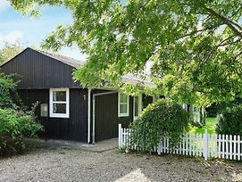 Two-Bedroom Holiday Home In Hemmet 29 photos Room