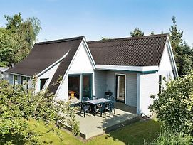 Three-Bedroom Holiday Home In Eskebjerg 2 photos Exterior