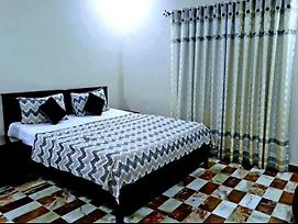 Galaxy Inn Karachi Guest House photos Exterior
