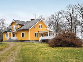 Five Bedroom Holiday Home In Blomstermala photos Exterior