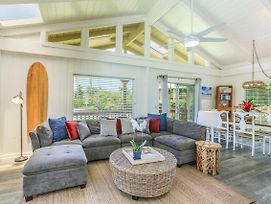 Beautiful Hanalei Home, Walk To The Bay/Town. August-November 10% Discount! photos Exterior