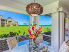Stunning Views Of The Ocean! Upgraded, Bright, With A Shared Pool, Hot Tub! photos Exterior