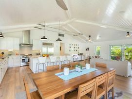 Luxury Hanalei Vacation Rental, Min. Walk To Quaint Town And To Hanalei Bay! photos Exterior