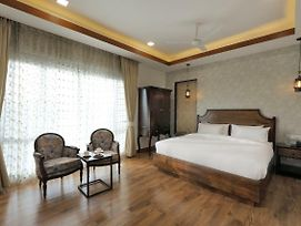 Hydewest India - The Medicity - Orchid Studio Grand Suite Luxury Serviced Apartment Gurgaon photos Exterior