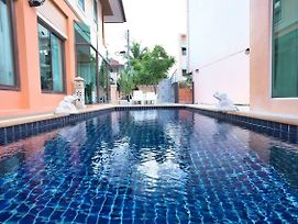 Walk To Bangla.Rd In 10Min 3 Room Private Pool photos Exterior