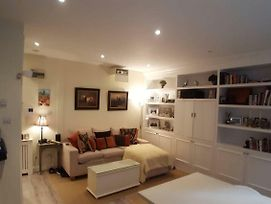 Cosy Central 1 Bedroom Flat With Shared Roof Terrace & Gym photos Exterior