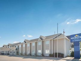 Microtel Inn & Suites By Wyndham Altus photos Exterior