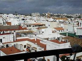 Studio In Sevilla, With Wonderful City View, Balcony And Wifi - 97 Km From The Beach photos Exterior