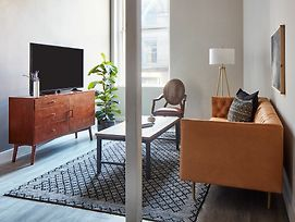 Bi-Level 2Br In Downtown Crossing By Sonder photos Exterior