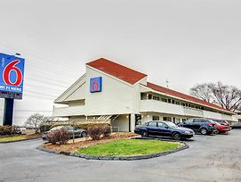 Motel 6 Florissant, Mo photos Exterior