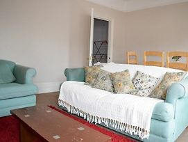 Lovely, Bright 3 Bed With Large Bedrooms photos Exterior