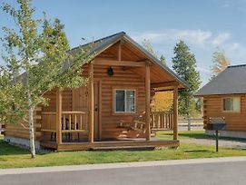 Yellowstone Grizzly Rv Park And Cabins photos Exterior
