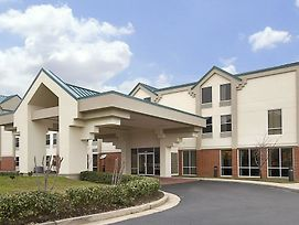 Days Inn Ridgeland Madison Ste photos Exterior