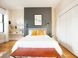 Sunny 2Br In Back Bay By Sonder photos Exterior