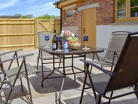 Woodlands Dairy Cottage photos Exterior