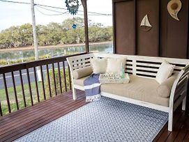 Kookas Nest - Waterfront Home, Tranquil Setting photos Exterior