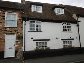 Victoria Cottage 3 Bedroom Grade 2 Listed Cottage Ref#421 photos Exterior