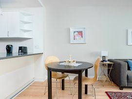 Artsy 1Br In Downtown Mtl By Sonder photos Exterior