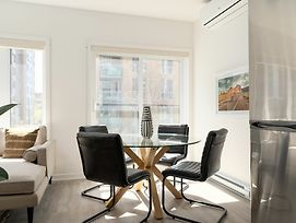 Vibrant 1Br In Quartier Des Spectacles By Sonder photos Exterior