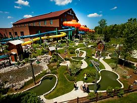 Great Wolf Lodge Niagara Falls photos Exterior
