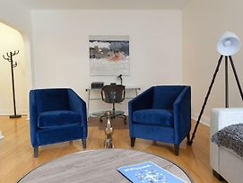 Intimate 1Br In Cote Des Neiges By Sonder photos Exterior