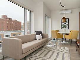 Spacious 1Br In Quartier Des Spectacles By Sonder photos Exterior
