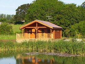 Watermeadow Lakes And Lodges photos Exterior