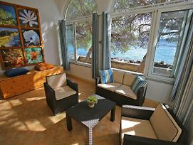 Seafront Beach Apartment - Directly At The Beach photos Exterior