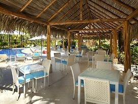 Azul Ocean Club Hotel photos Exterior