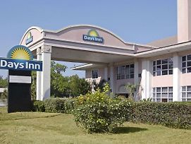 Days Inn By Wyndham Gainesville University photos Exterior