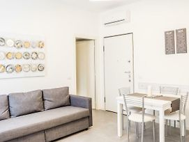 New Flat Fully Furnished In P.Ta Romana photos Exterior