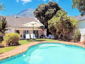 Hout Bay Beach Cottage photos Exterior